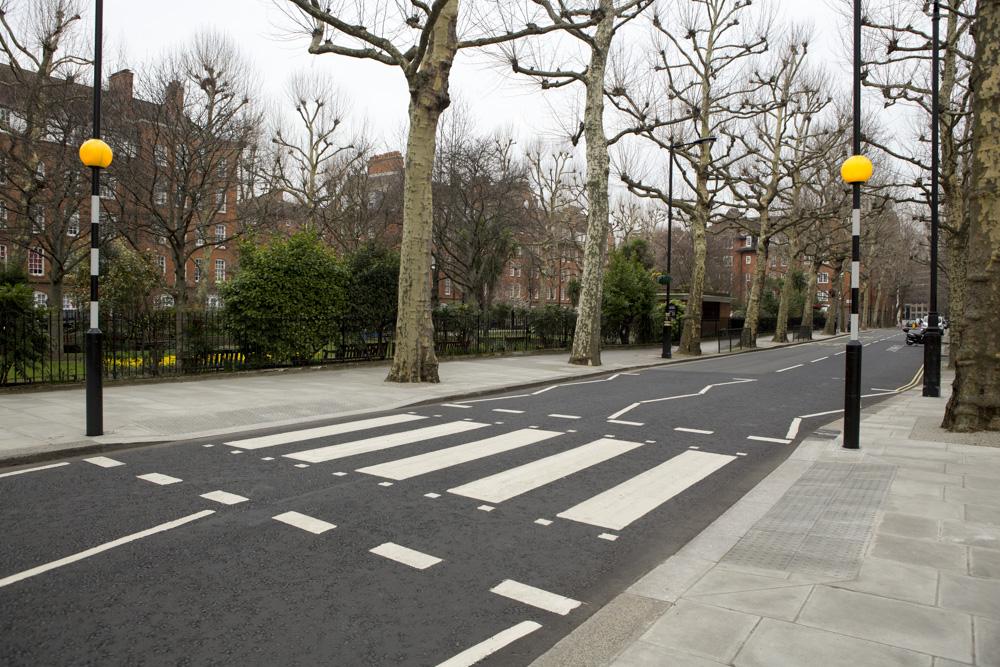 zebra crossing without island
